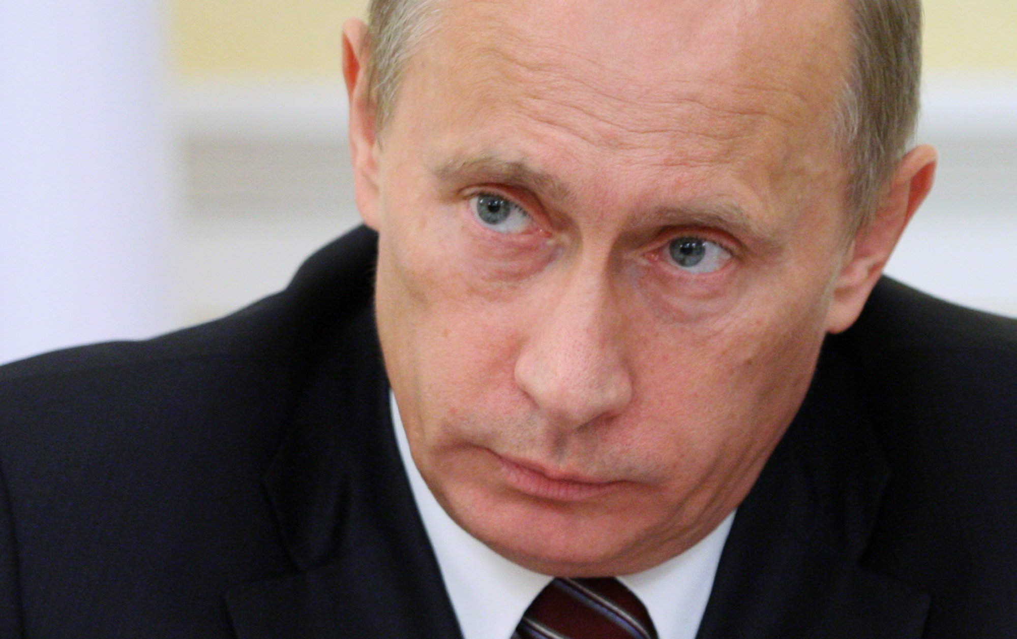 Vladimir Putin: Russia Must Protect Its Citizens from GMOs ...